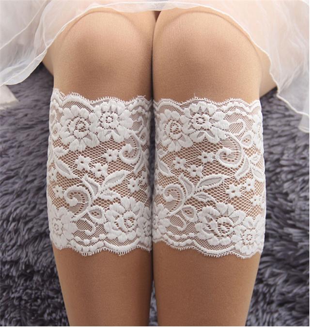 width:15-23cm leg circumference:28cm lace lace boot cuffs