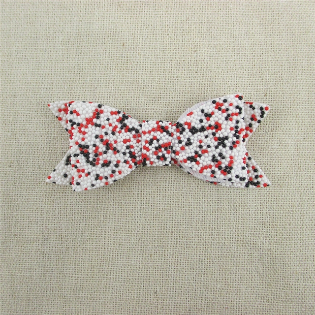 83*32mm synthetic leather bead knot-bow