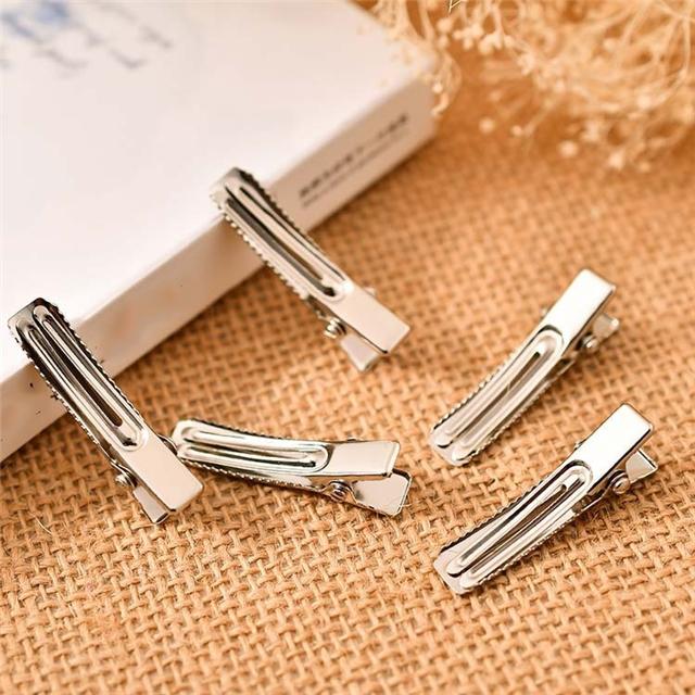 Duckbill clip